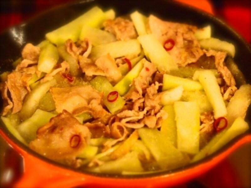 旬の時期に安価な大根をたっぷり食べられる鍋レシピ!