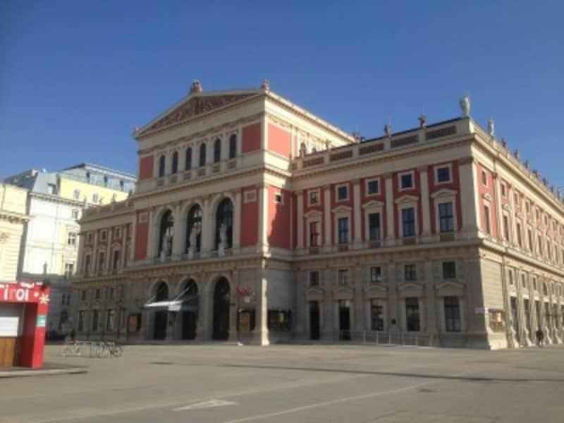 ウィーンフィルの本拠地、楽友協会(Musikverein)は、クラシックファンの聖地の一つ