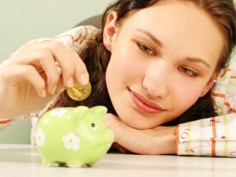 限りある収入から貯蓄と投資を