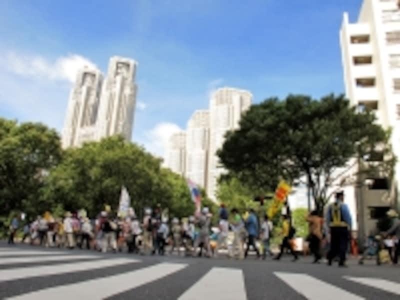 海外では政治的デモには近づかないこと(写真はイメージです)