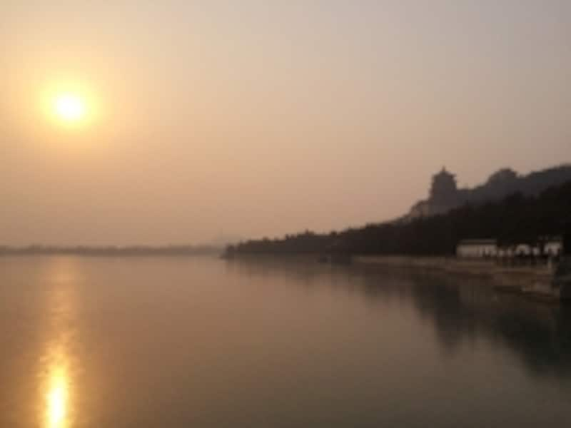 頤和園「夕暮れの万寿山」
