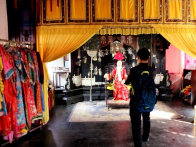 頤和園「宮廷衣装で写真撮影」