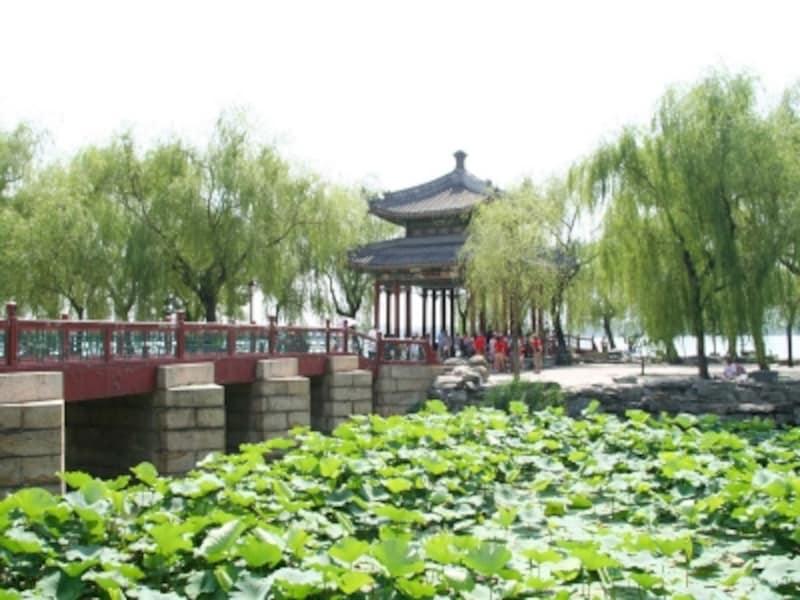 頤和園「知春亭」