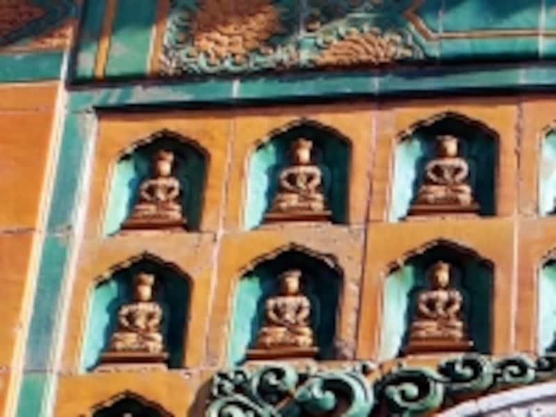 頤和園「智慧海壁面の仏像」