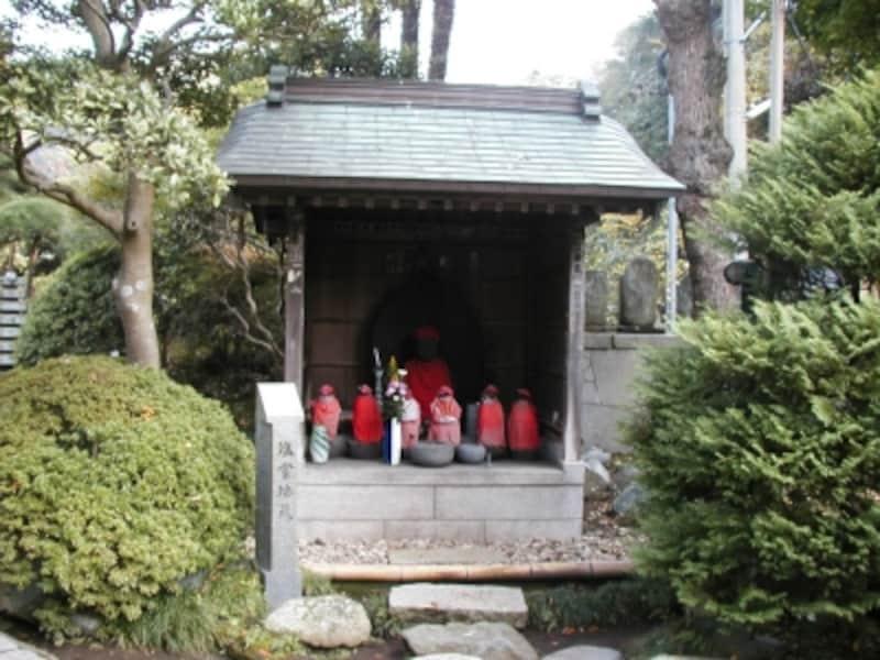 光触寺境内の「塩嘗地蔵」