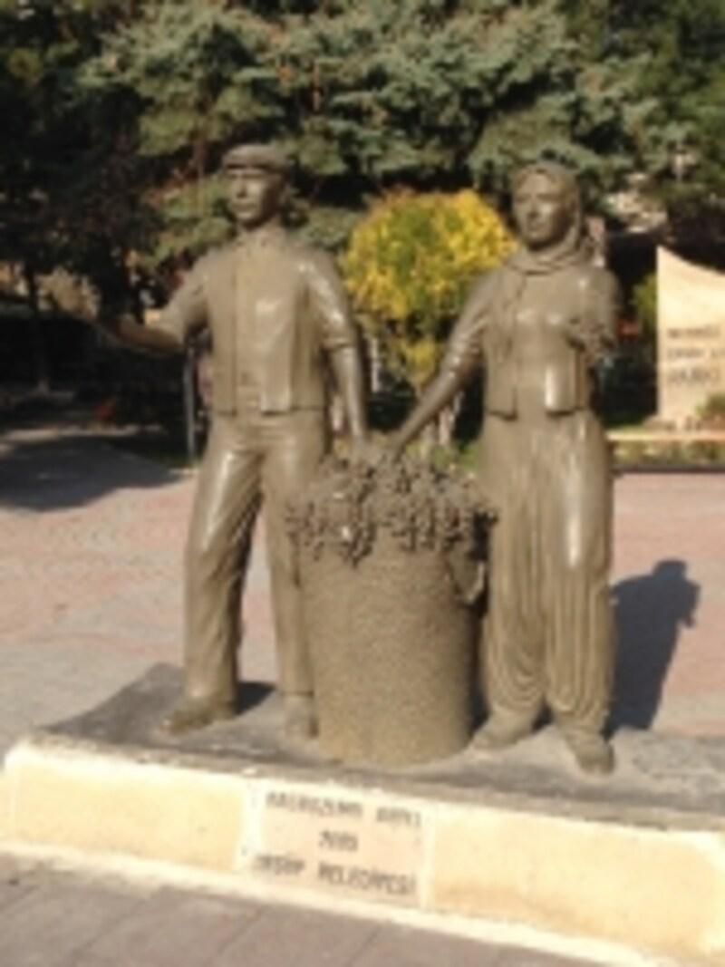 ブドウ農夫婦