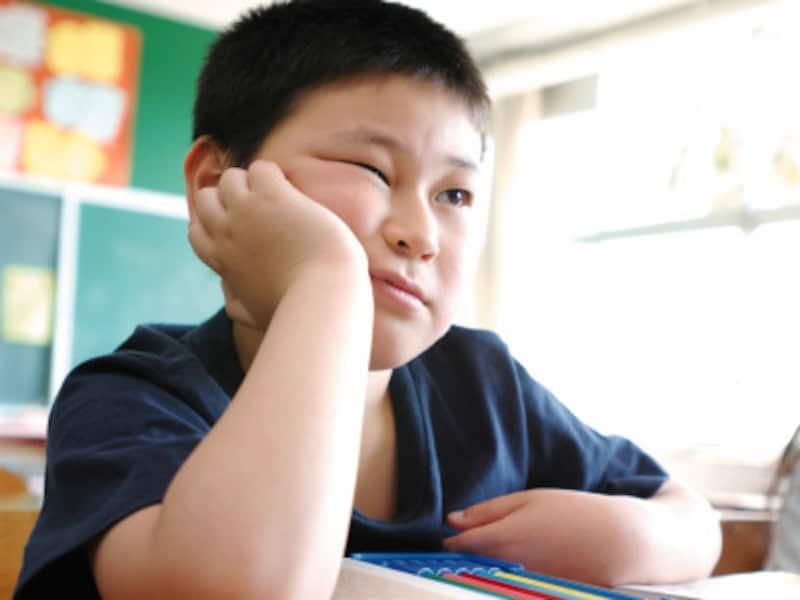 落ち着きのない子供の小学校生活が心配なパパ・ママへ