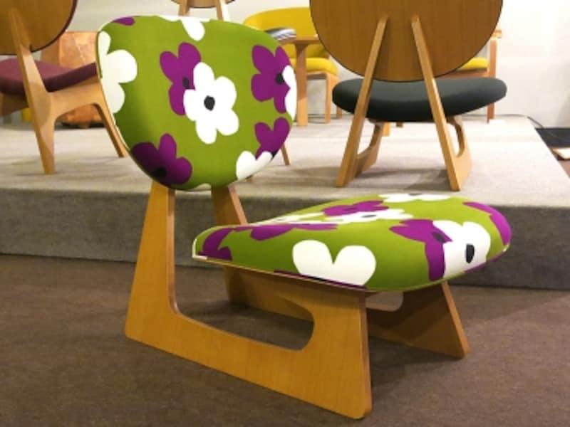 北欧調布地の低座椅子の画像