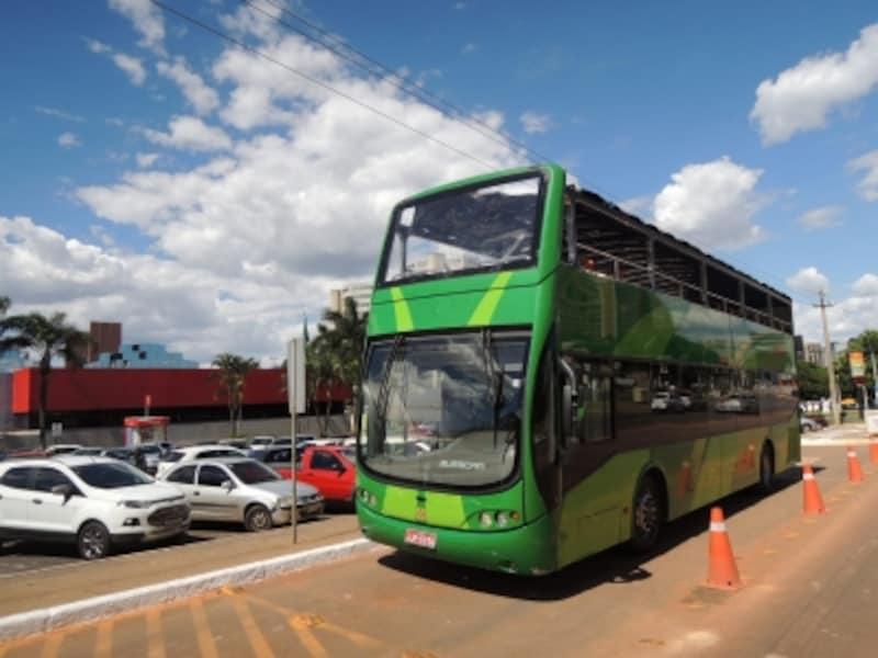 2階建の観光バス