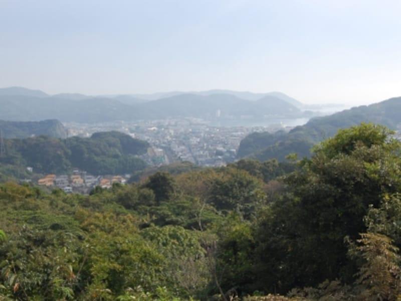 「パノラマ台」から、逗子側の眺望
