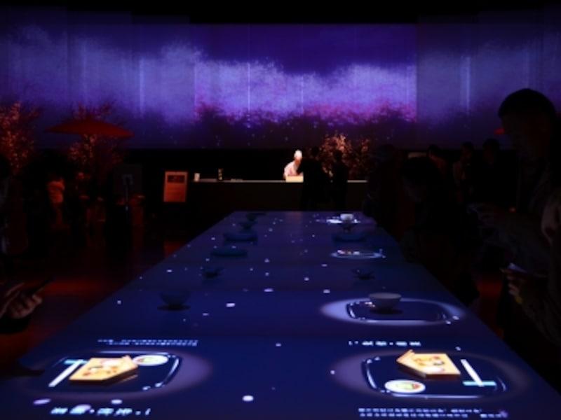 食とデジタルアートが融合する「食べるアート展」