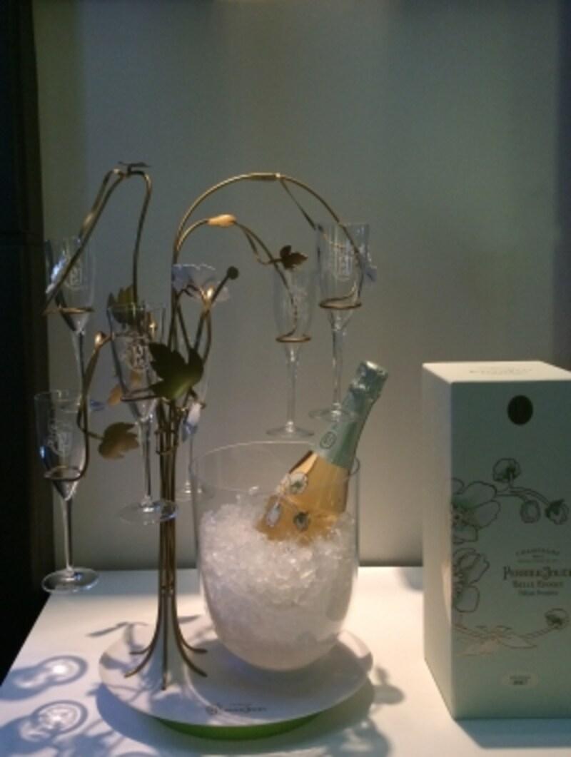 飲み終わっても飾っておきたいボトルです
