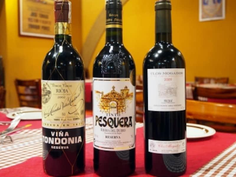 ワインはスペインの郷土品種のブドウにこだわり、赤を中心に約50種ラインナップ