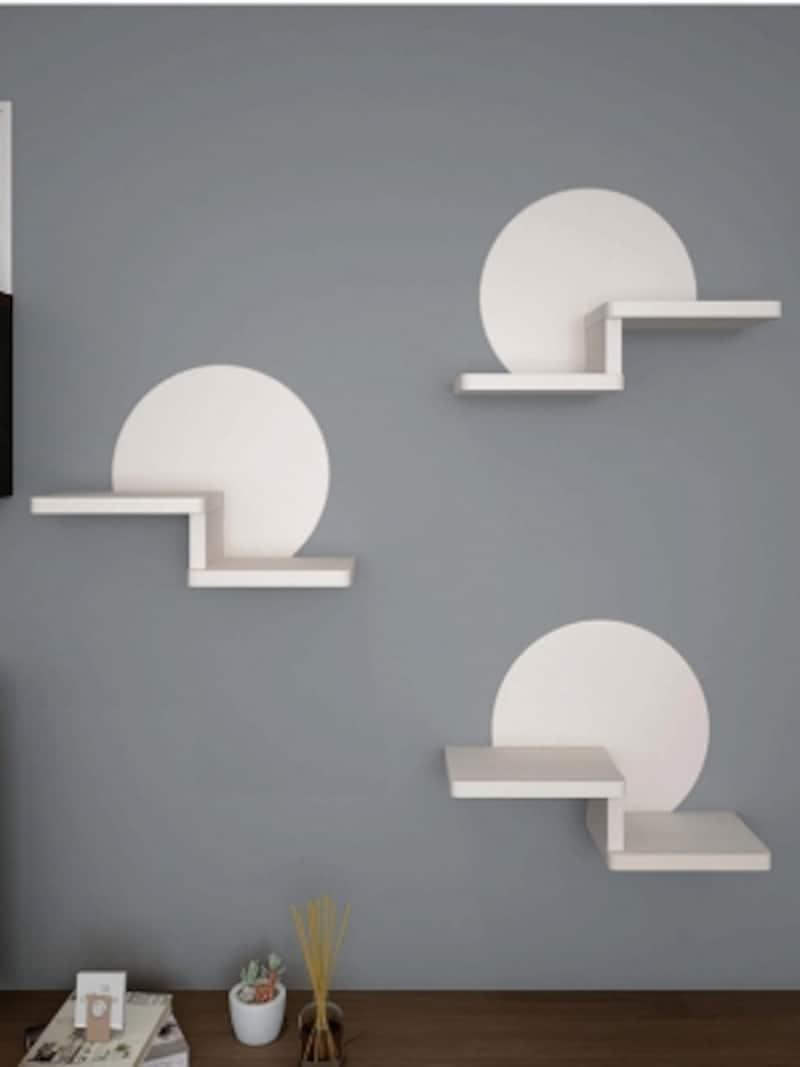 壁の上から取付けるだけの簡単施工の部材。ねこの運動不足解消に役立つ。[ねこステップ]undefinedDAIKENundefinedhttps://www.daiken.jp/