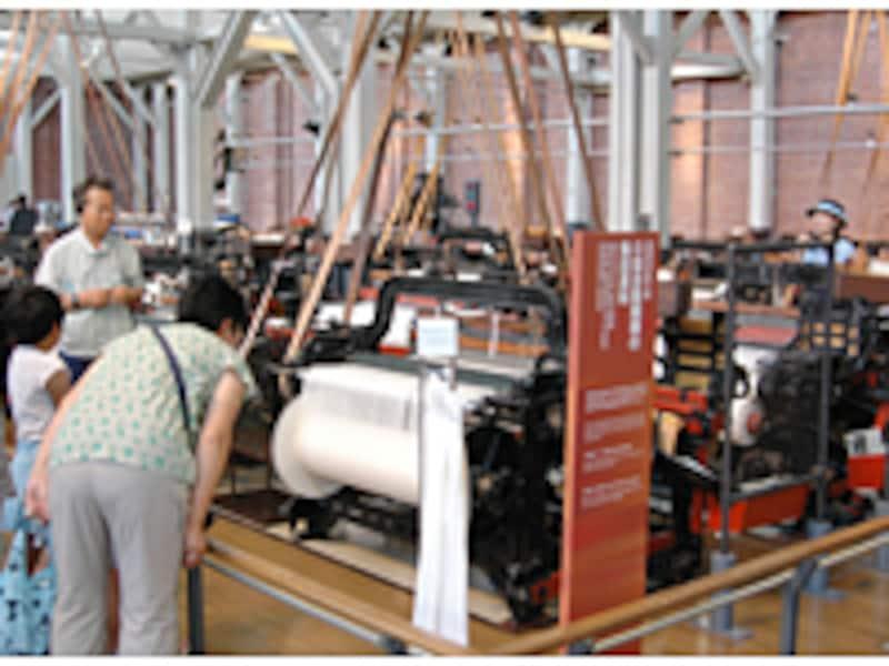 自動車産業のルーツを繊維機械からひもといていく産業技術記念館