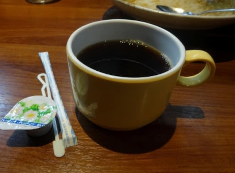 アイスコーヒー、ホットコーヒー、ウーロン茶から選べる