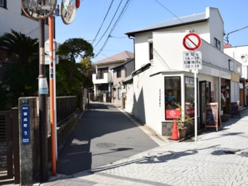 路地に入っていきましょう!