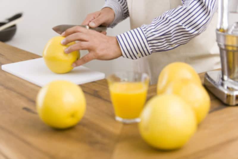 腸、血管、骨、皮膚…キレイに保つなら食物繊維たっぷりのグレープフルーツとガイドは考えます