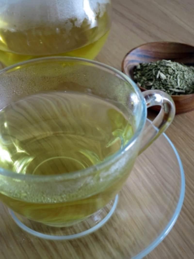 いきなり熱湯で入れるのはNGundefined苦くなってお茶が台無しに