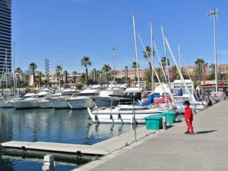オリンピック港は現代的に整えられた、都内でいえば豊洲のようなイメージ
