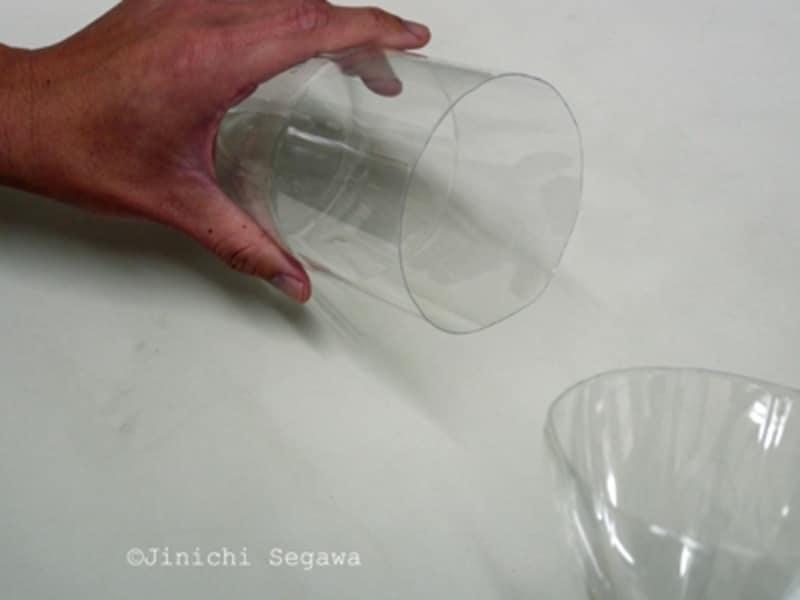 ペットボトルの三脚