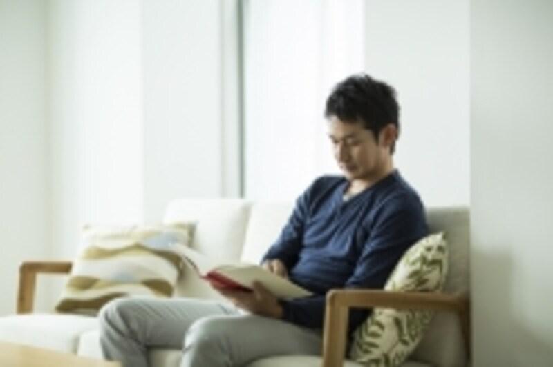 様々なジャンルの読書で教養を積むことはリーダーにとって不可欠な要素となるでしょう
