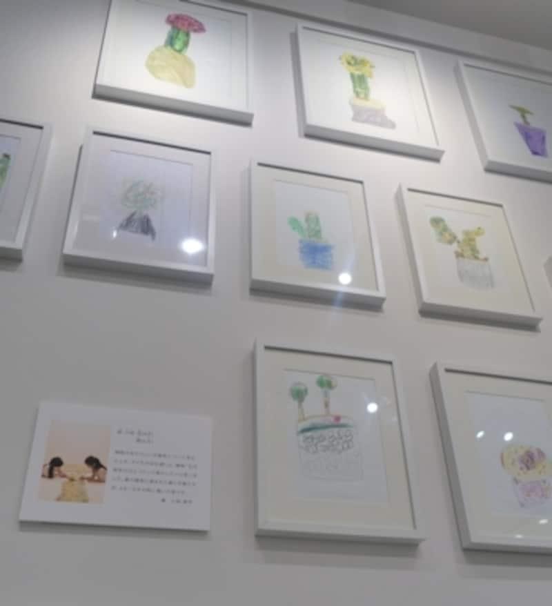 子供達のイラストも壁一面に