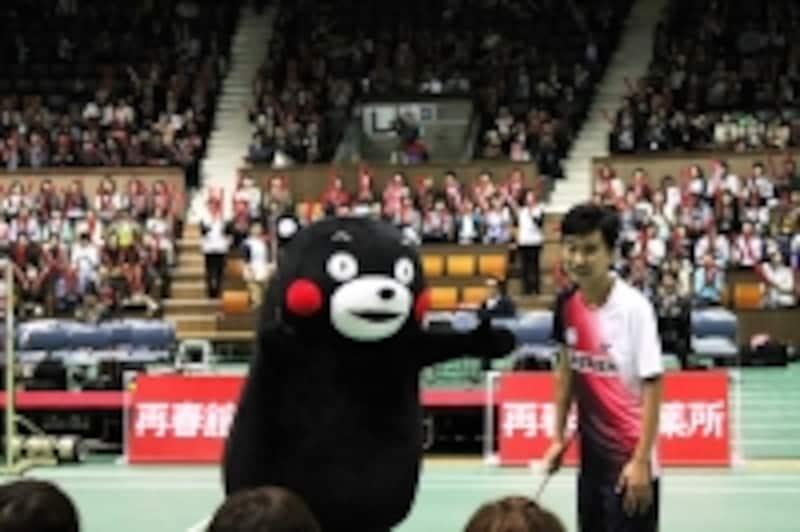 西川社長と「くまモン」