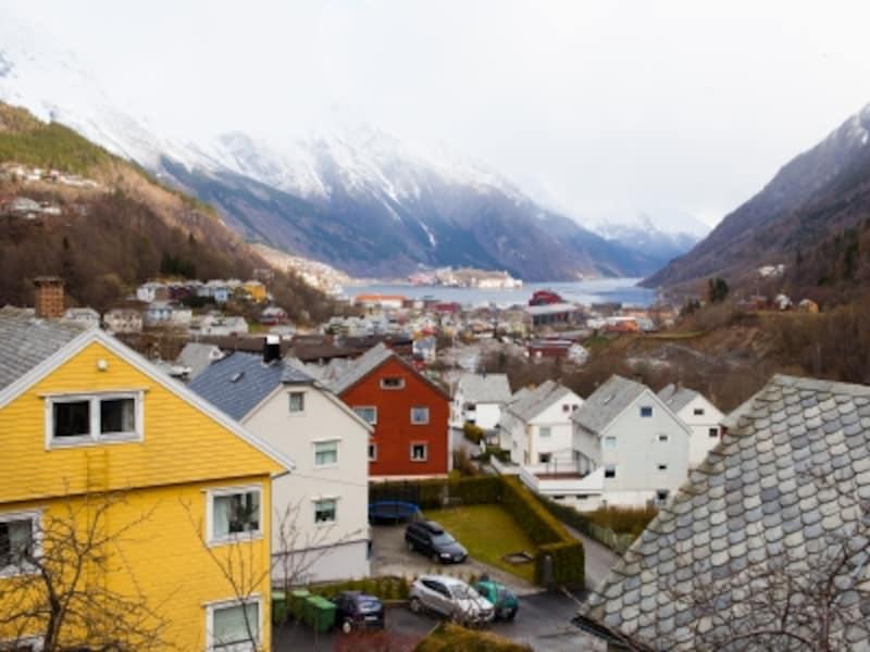 ハダンゲルフィヨルドと北欧の家