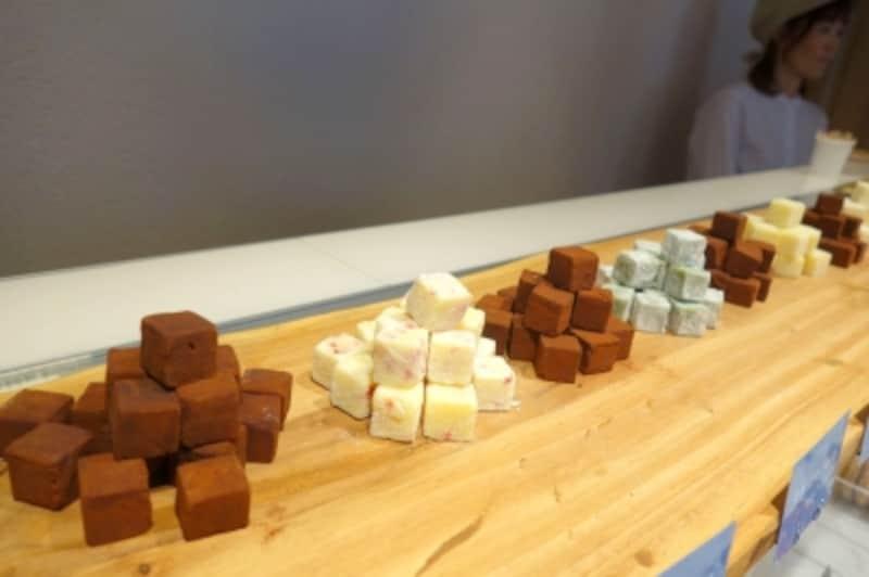 立方体の生チョコです。
