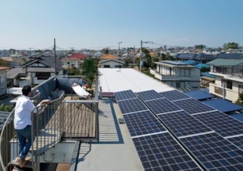 太陽光発電と屋上利用を両立することで、いっそう暮らしを豊かに。