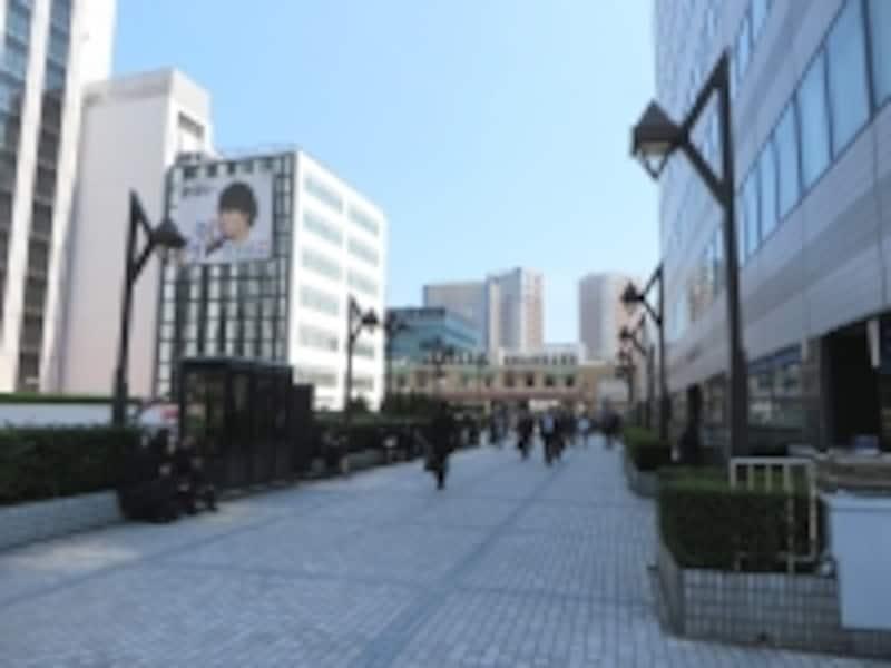 田町駅から芝浦側を望む