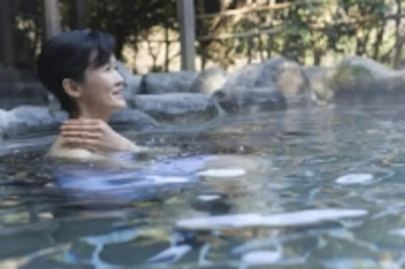 お風呂の効能には「温熱」、「静水圧」、「浮力」の作用があります