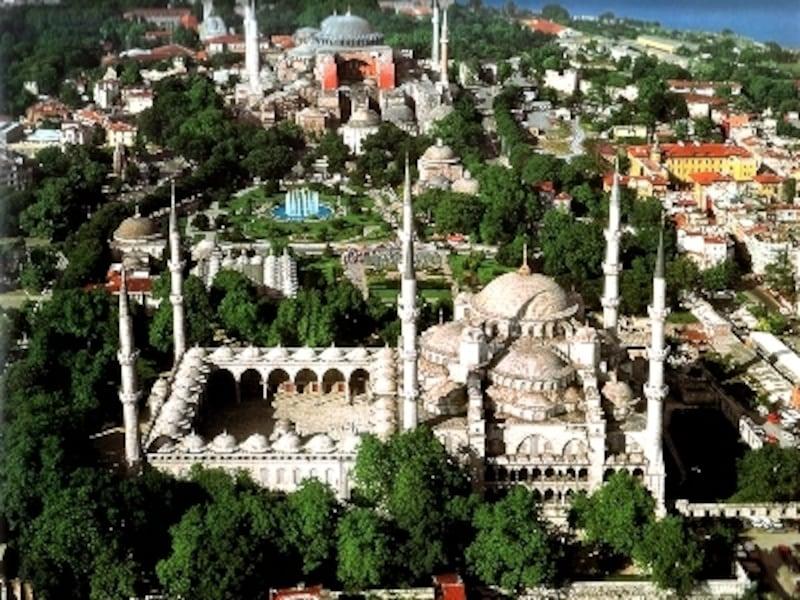 イスタンブールの主な観光地はほとんどスルタンアフメット地区に集中