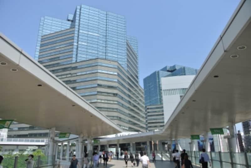 「大崎」駅前のビル群