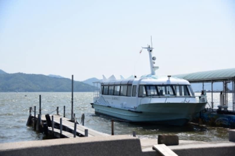観光船に乗って