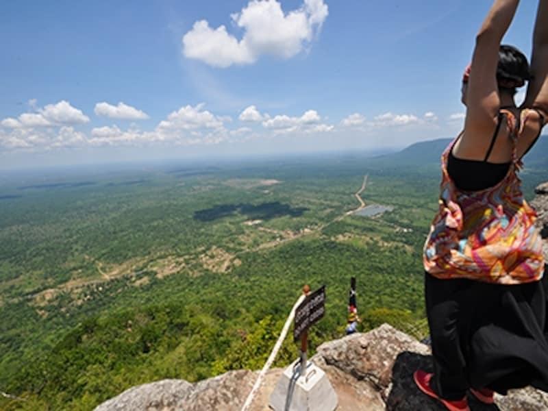 プレア・ヴィヒア寺院山頂からの絶景
