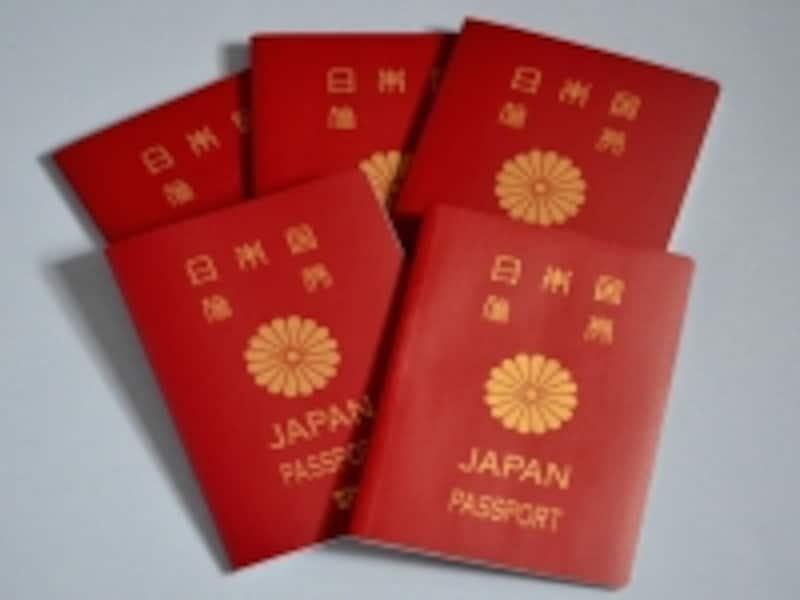 世界的に信頼の高い日本国パスポートでも、入国スタンプは必要です