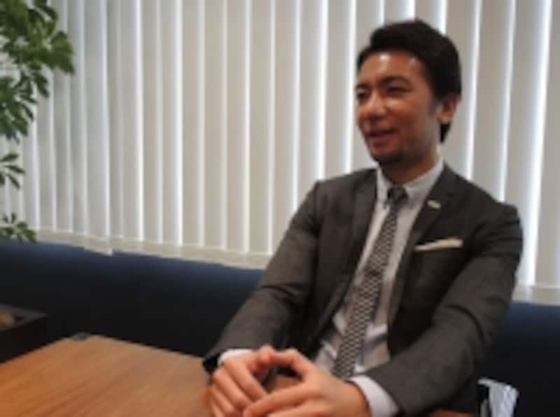 元Jリーガーからベンチャー企業の経営者となった薮崎氏