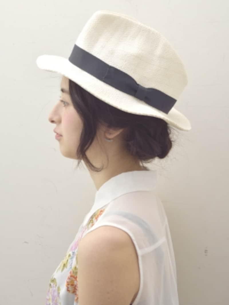 三つ編みで簡単!夏の帽子に似合う爽やかヘアアレンジ