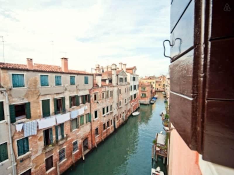 ヴェネツィア物件の魅力のひとつは、窓からの景色!