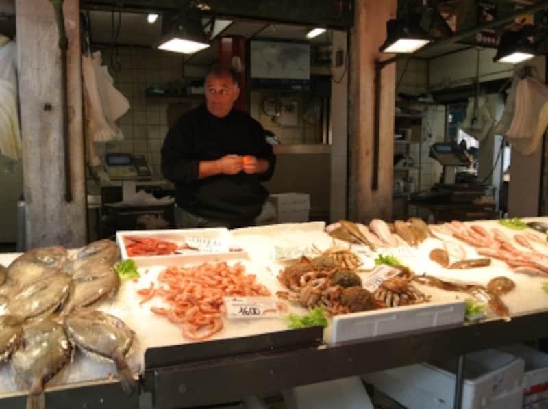 魚市場にはアドリア海の恵みがずらり!