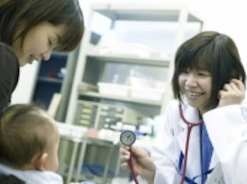 赤ちゃんと小児科医