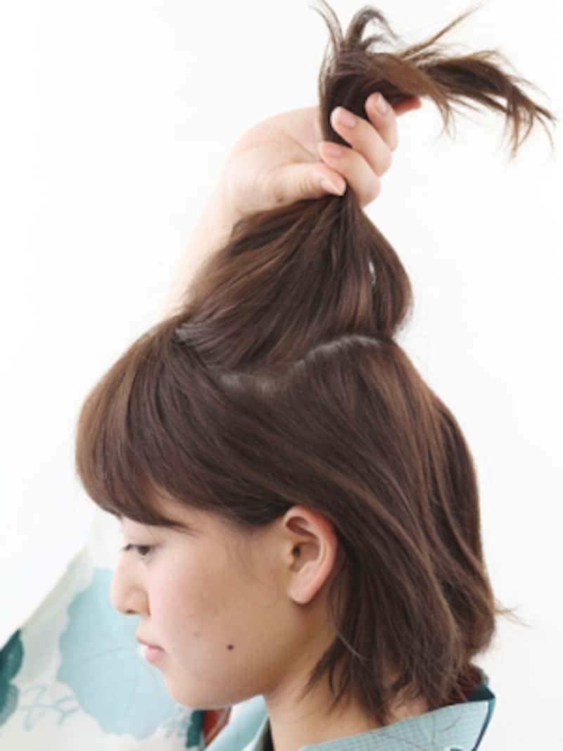 手ぐしを通した線が髪に残るくらいざっくりと