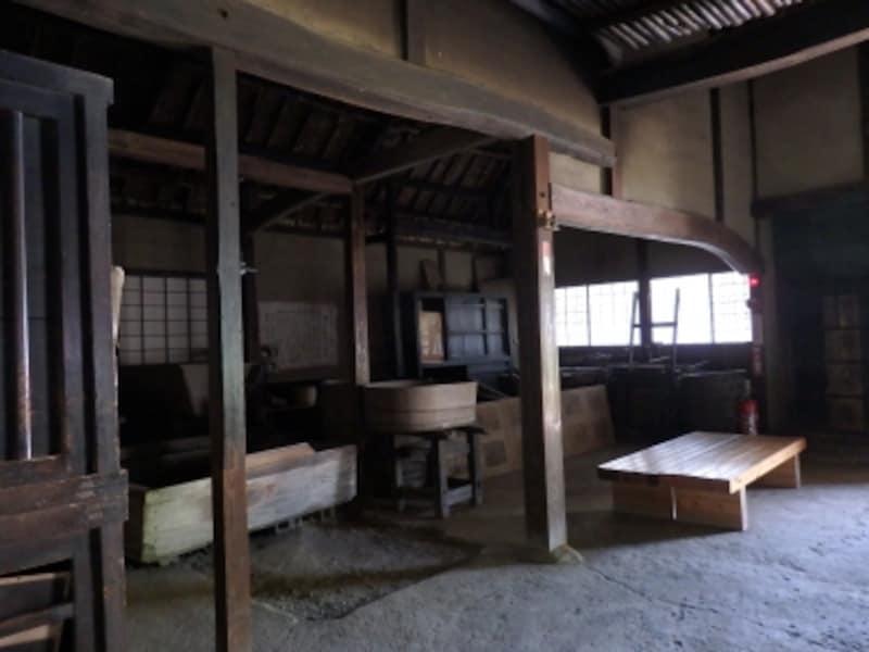 無言ながらもリアルに物語られる細川紙の伝統