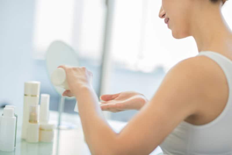 洗わない洗顔がパリジェンヌの美肌の秘訣!フランス流美容拭き取りスキンケアとは?