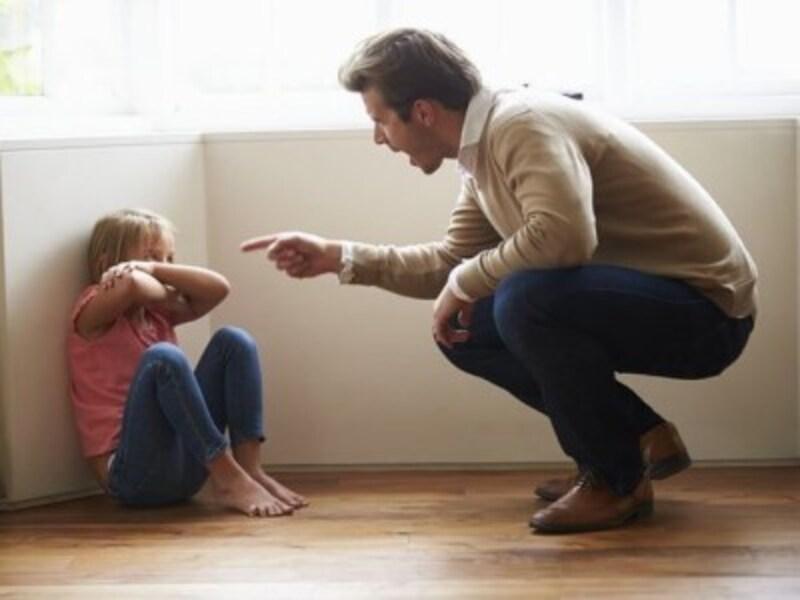 親が子どもの話だけを聞いて判断。そのため相手の意見がわからず、偏った判断基準になってしまう