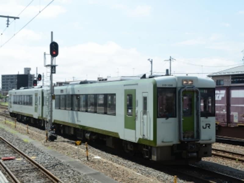 女川行き列車