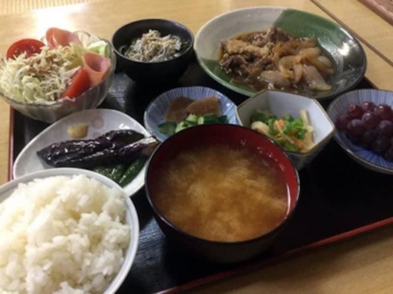山小屋『菊屋』さんの夕食