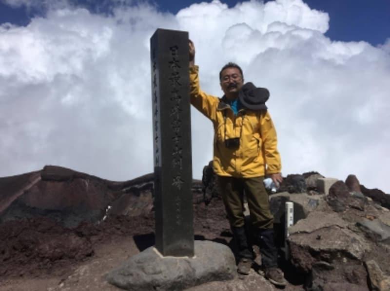 2017年剣ヶ峰登頂時の筆者